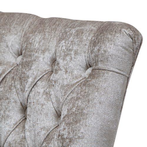 cadeira-com-tecido-manu-detalhe